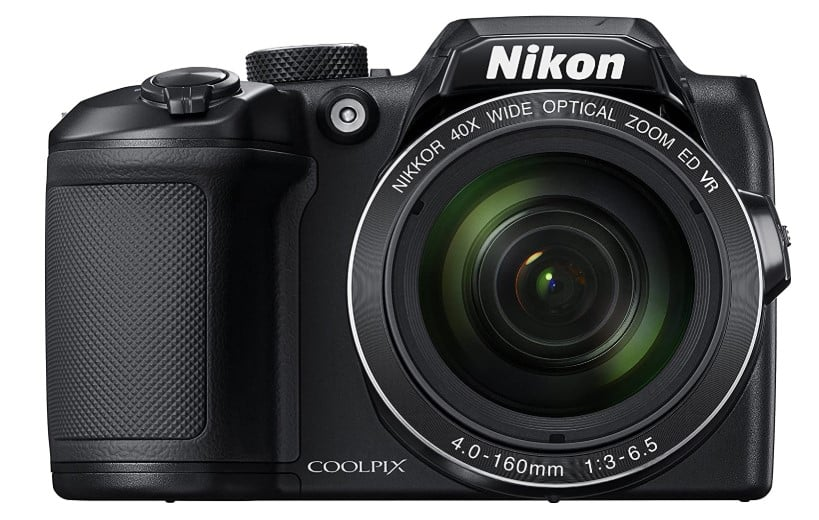 NIKON COOLPIX - best cheap camera for youtube