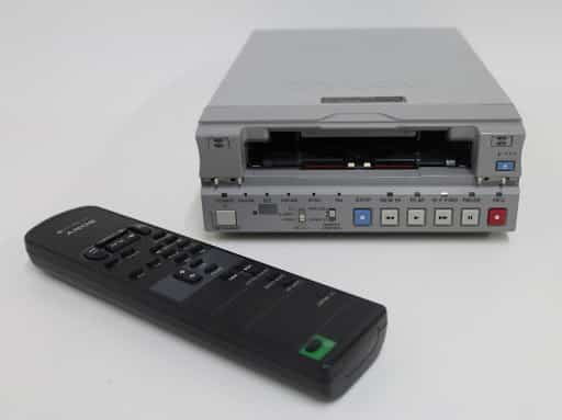 play mini dv tapes without a camcorder