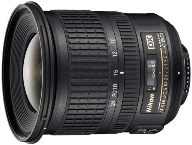 Nikon AF-S DX NIKKOR 10-24mm-best lens for vlogging